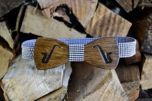 Wooden bow tie hipster