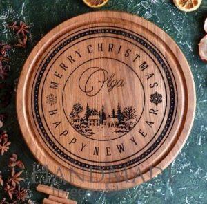 Wooden round cutting board