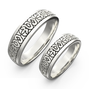 Gold carved ring band set
