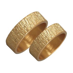 Woodgrain textured gold ring set