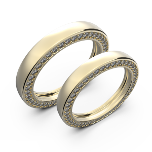 Diamond wedding band set in yellow gold