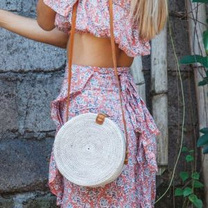 White circle rattan shoulder bag