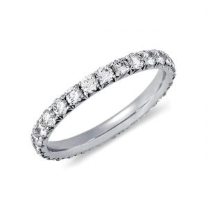 Women's gold diamond wedding band 1 carat
