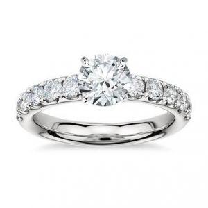 14k Gold diamond ring 1 carat
