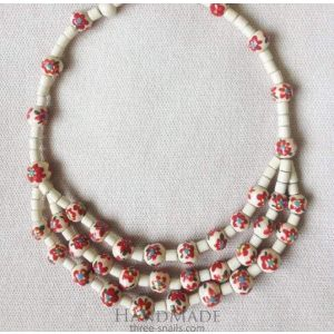 "Beaded jewelry necklace ""Red flowers"""