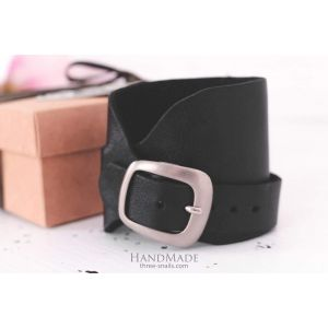 "Black leather bracelet for men ""Wild child"""