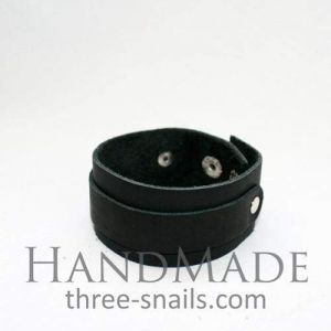 "Black leather bracelet ""Wild child"""