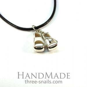 "Boxing glove necklace ""Fighter"""