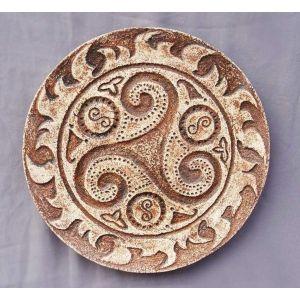 "Ceramic plate ""Triskele"""
