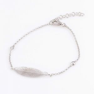 Charm silver bracelet with feather