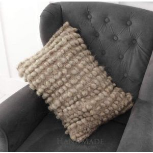 Chunky wool decorative pillow for sofa