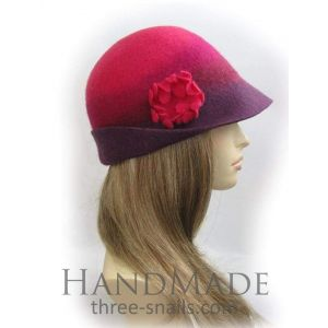"Cloche hat ""Ladies'  caprice"""