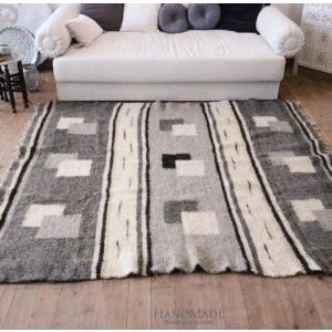"Contemporary area rug ""Gray mist"""