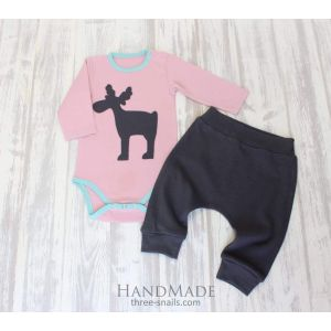 "Cool baby clothes. Babygro and pants ""Christmas friend"""