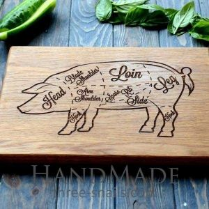 Cutting board with pig