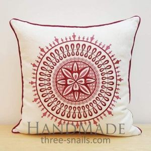 Decorative pillow case in tribal style
