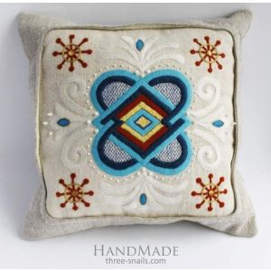 "Decorative pillow cover ""Universal love"""