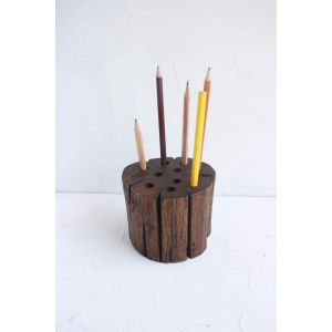 Decorative rustic pen holder centerpiece