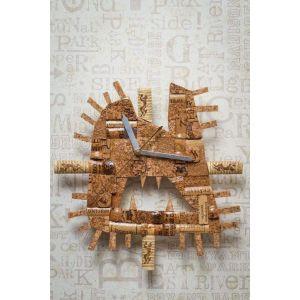 "Designer wine cork clock ""Lion jaws"""