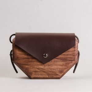 Beige leather wood bag