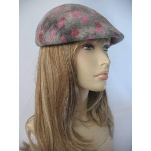 "Duckbill flat cap ""Strawberries"""