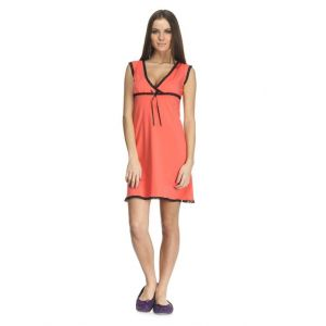 Elegant sleeveless nightgown for women