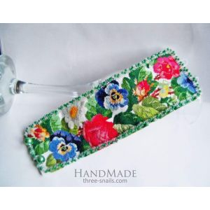 "Embroidered bracelet ""Flower mood"""