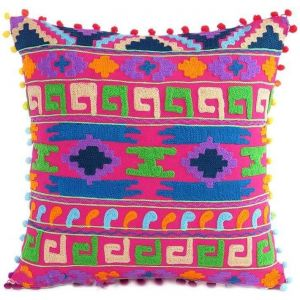 Embroidered decorative pillow pink