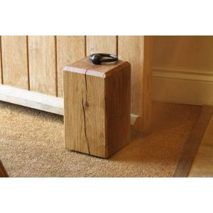 "Engraved wooden doorstopper ""3d cube"""