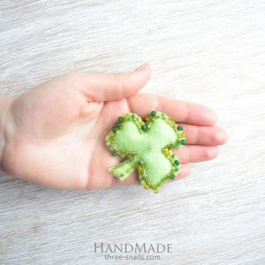 "Felt brooch accessory ""Early Spring"""
