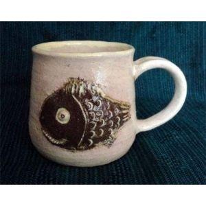 "Fireclay mug ""Fishy"""