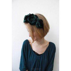 "Flower headband ""Emerald touch"""