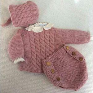 Crochet set for a baby girl