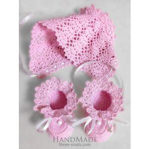"Handmade baby set ""Pink joy"" (baby bootees and baby cap)"