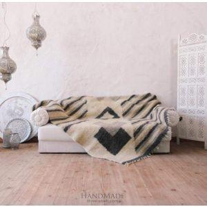 "Handmade light gray wool sofa throw ""Trendy pattern"""