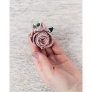 "Handmade woolen brooches ""Pink rose"""