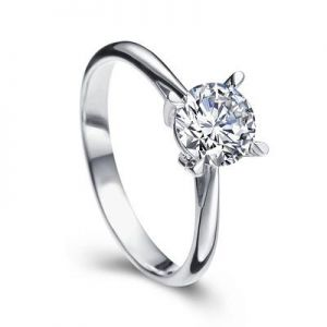 Engagement diamond ring for women