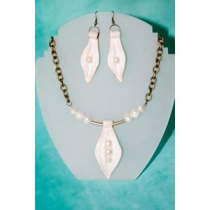 "Leather jewelery set ""Pearl"""