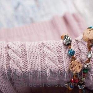 Lightweight knit wool blanket