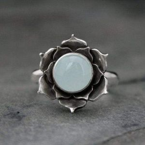 Lotus silver ring with topaz