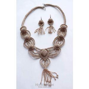 "Macrame fashion necklace ""Amelie"""