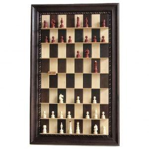 Wall-mounted chess set