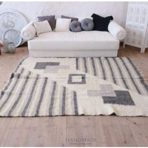 "Modern gray area rug ""Ideal geometry"""