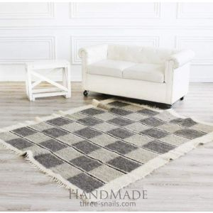 "Natural rug ""Chess"""