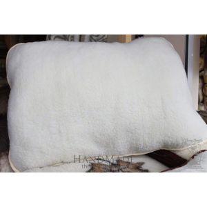 "Organic sheep fur pillow ""White sheep"""