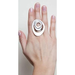 Oval modern geometric ring