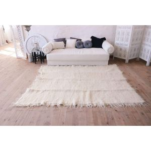 "Pure white wool throw rug for living room ""White silence"""