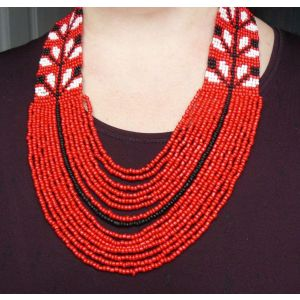 "Red beaded necklace ""Oreol"""