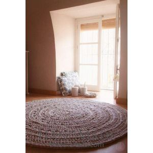 Round crochet bedroom rug