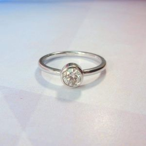 "Single stone ring ""Diamond sun"""